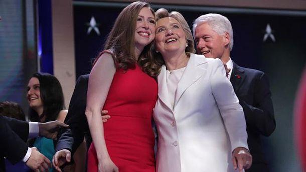 Место Хиллари Клинтон может занять ее дочь Челси— Семейный подряд