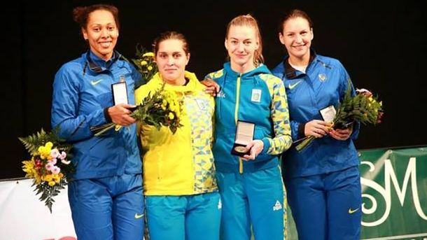 Украинские шпажистки победили наэтапе Кубка мира