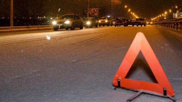 ВоЛьвовской области вДТП попал экскурсионный автобус, есть пострадавшие