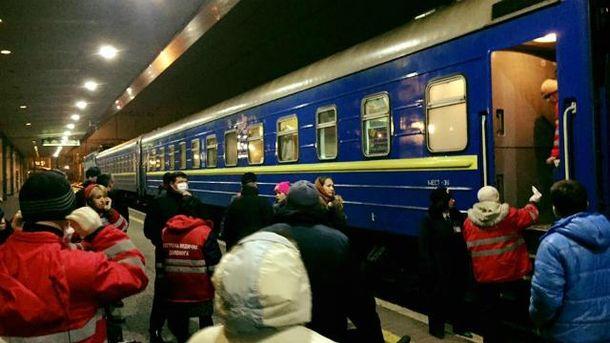 ВКиеве споезда сняли 18 детей стяжелым отравлением