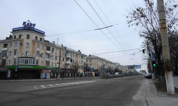 Пошуки світла серед війни і розрухи, або Топ-5 публікацій про життя окупованого Луганська