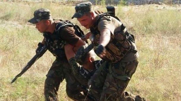 Засутки взоне АТО 5 украинских военных получили ранения