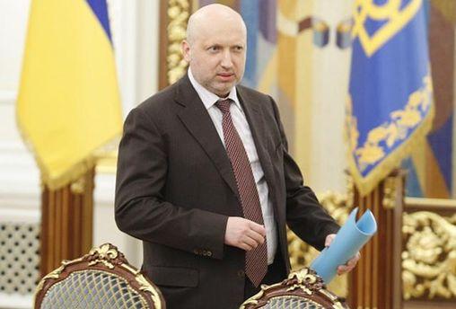 Турчинов назвал Януковича «марионеткой Кремля» ираскритиковал его речь