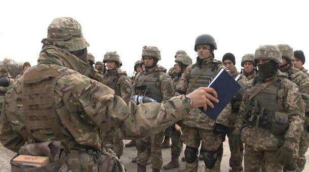 Турчинов желает «свести» войска НАТО и РФ вЧерном море