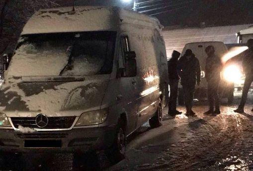 Стрельба на границе, ужасное убийство бойца ВСУ на Донбассе, – главное за сутки