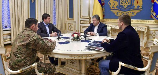 Порошенко сказал, кого накажут за смерть полицейских под Киевом