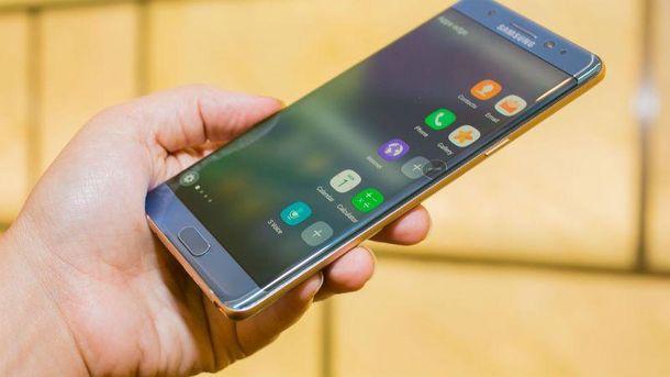 Самсунг Galaxy S8 оставят без двойной камеры