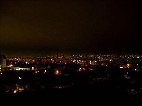 Когда на оккупированный Луганск надвигаются сумерки, на улицы города лучше не выходить