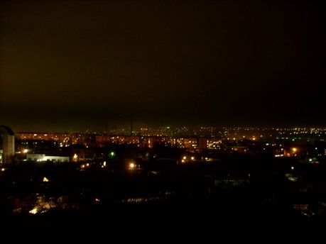 Когда на оккупированный Луганск надвигаются сумерки, на улицы лучше не выходить