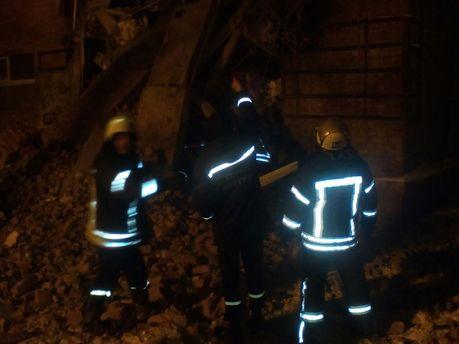 Чернигов: Из-под завалов достали тело девушки