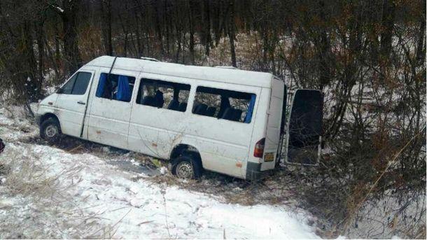 В итоге ДТП вЧерниговской области пострадали 18 человек