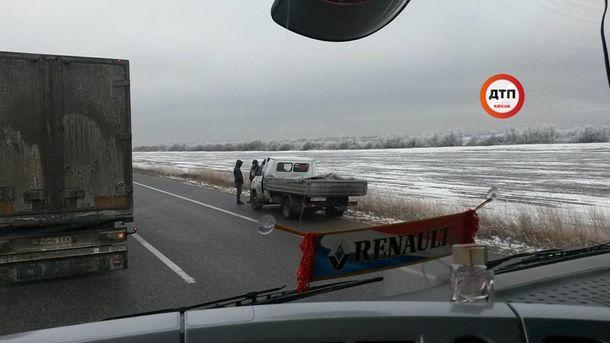 Вмасштабном ДТП вОдесской области столкнулось около десятка авто