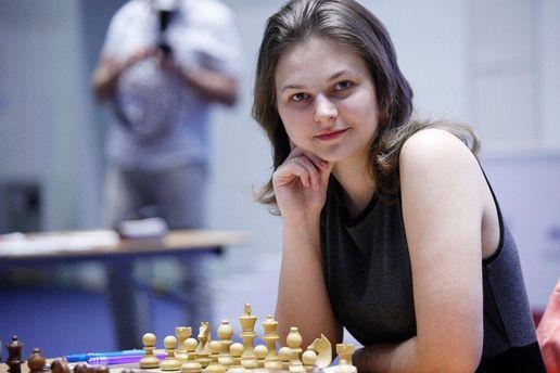 Украинка Музычук выиграла чемпионат мира побыстрым шахматам