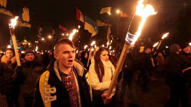Украина готовится кфакельным шествиям вчесть дня рождения Бандеры