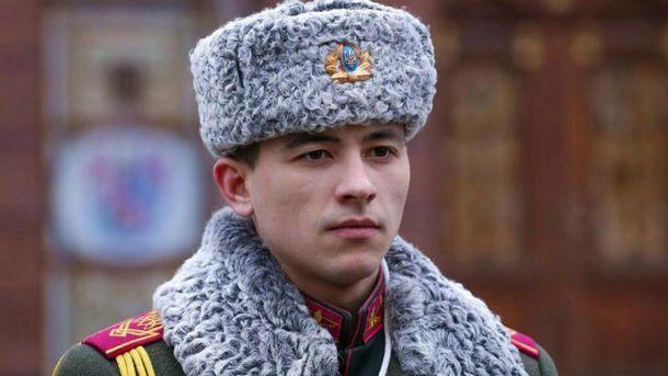 Порошенко посмертно присвоил звание Героя Украины участнику АТО пехотинцу Яровому