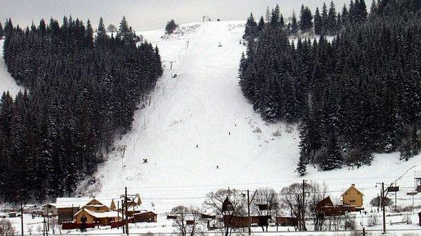 НаЛьвовщине наканатной дороге из-за отключения электричества застряли 52 туриста