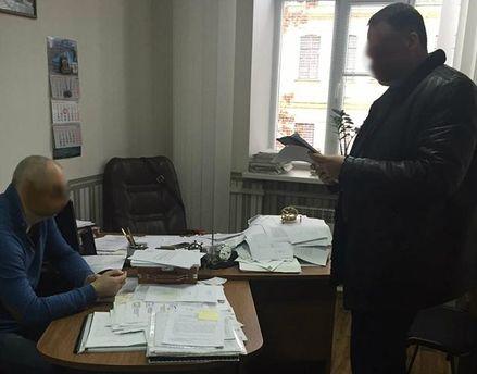 ВКиеве проректор академии водного транспорта добивался взятку заперевод
