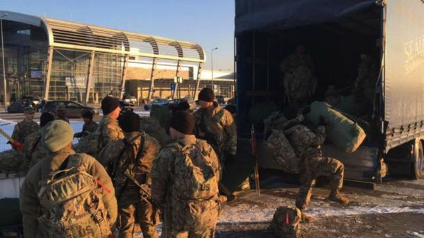 Около тысячи военнослужащих США прибыли вПольшу