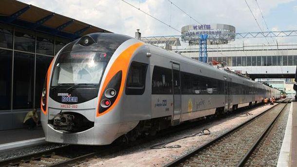 «Укрзализныця» может запустить очередной высокоскоростной поезд вПольшу