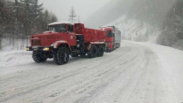 ВОдесской области наотдельных автодорогах ограничили движение транспортных средств