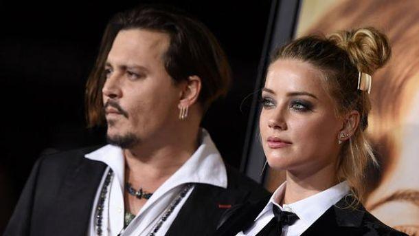 Брак между голливудскими звездами Джонни Деппом иЭмбер Херд расторгнут
