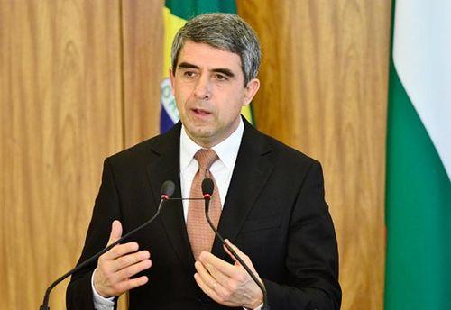 Президент Болгарии призвал преемника выработать позицию поКрыму