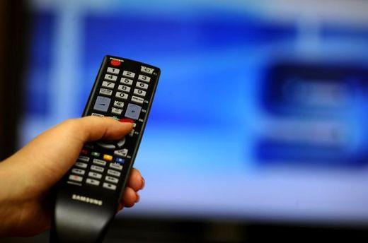 Для деяких телеканалів гроші важливіші за патріотизм