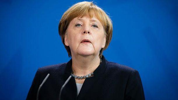Меркель планирует отговорить Трампа отполитики изоляции