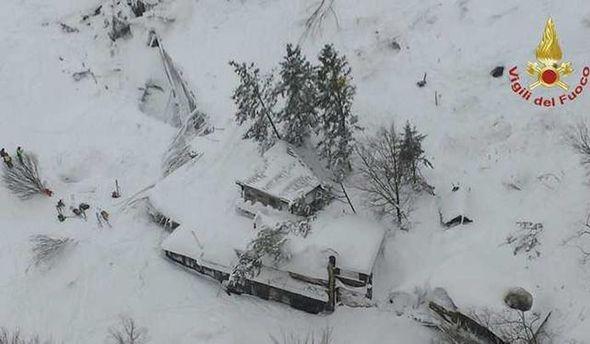 Найдены тела 3-х погибших в итоге схода лавины наотель вИталии