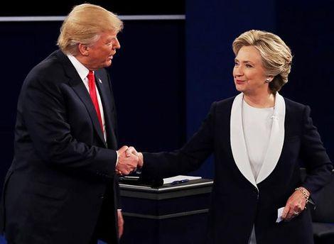 Трамп устроил стоячую овацию для четы Клинтон в съезде
