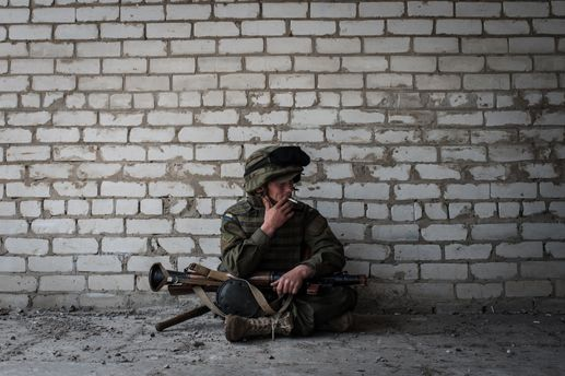 Бойцы любят воспевать войну – война воздает тем, кто выжил