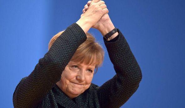 Меркель призвала кпоиску компромисса между Европой иСША