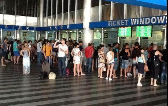 Всередине зимы «Укрзализныця» запустит мобильное приложение для продажи билетов