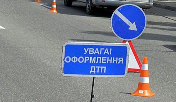 НаХТЗ врезультате дорожного происшествия сформировалась пробка сучастием танка