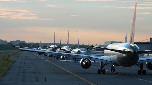 Авиакомпании начали транспортировку вСША жителей стран изчерного списка