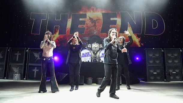 Black Sabbath сообщили обуходе сосцены