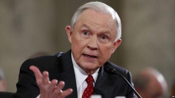 Сенатор, який підтримував надання Україні летальної зброї, став генпрокурором США