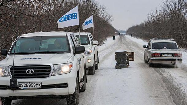 Вооруженные боевики непропустили наблюдателей ОБСЕ в захваченный Донецк