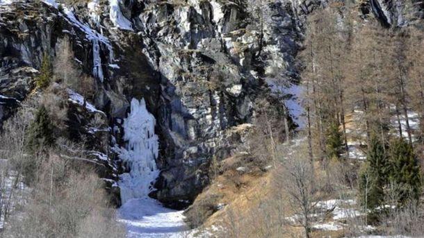 Кошмарный обвал льда вАльпах: погибла практически вся группа туристов