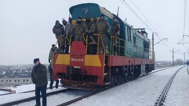 Участники блокады Донбасса обещали ответить вслучае штурма— Кровь закровь