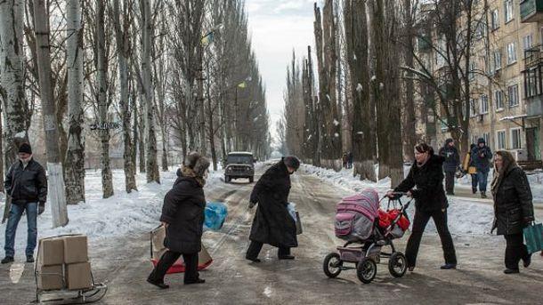 Бойовики знову гатять по житлових кварталах