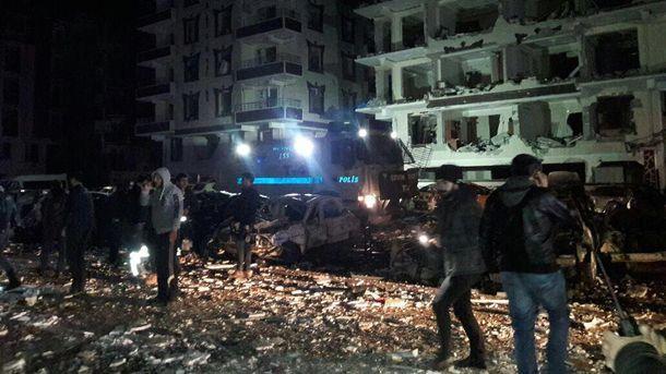 Умер ребенок, минимум 15 раненых— Теракт вТурции