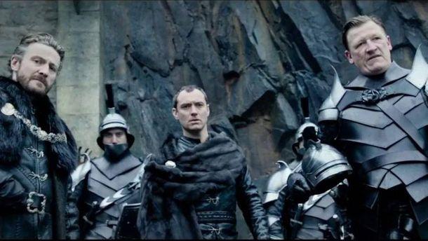 Вышел трейлер нового фильма Гая Ричи «Меч короля Артура»