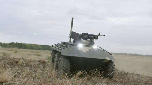 Украинский беспилотный БТР вызвал фурор намеждународной выставке вАбу-Даби