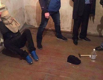 Політолог саркастично вказав на дивність справи з викраденням Гончаренка