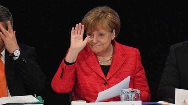 Меркель снова выдвинули кандидатом напост канцлера ФРГ