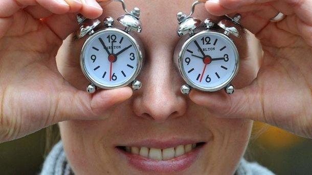 Летнее время 2017: когда переводят часы вУкраинском государстве, вся своевременная информация