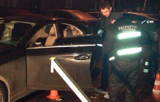 Вцентре столицы Украины расстреляли автомобиль, шофёр умер - правоохранители