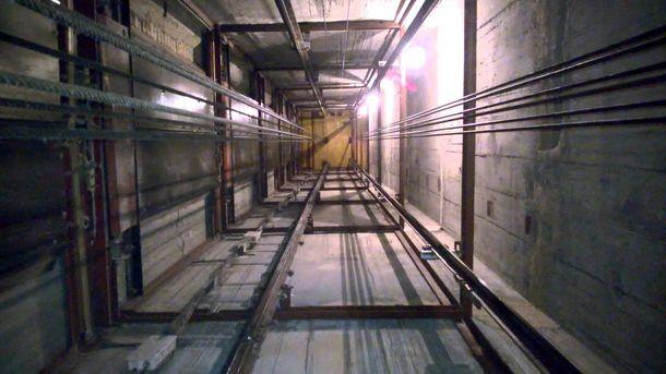 Двое харьковчан провалились вшахту лифта назаброшенной АТС