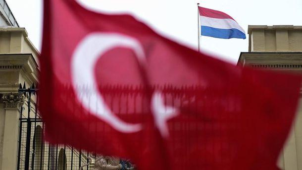 Дипломатические санкции Турции неуместны— Премьер Нидерландов